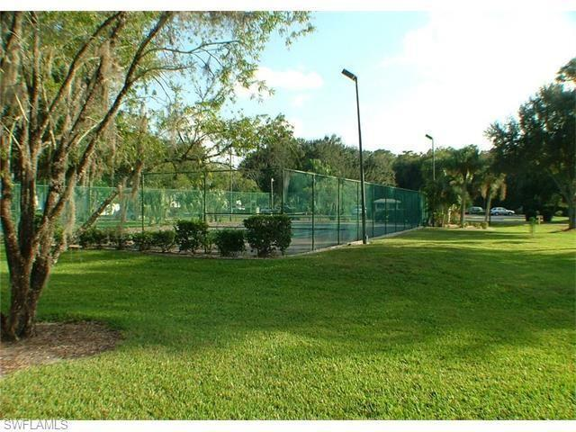 9571 Green Cypress Lane #2, Fort Myers, Florida image 34