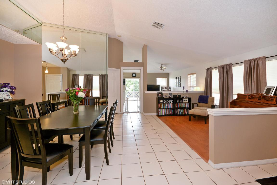 3863 NW 63rd Court, Coconut Creek, Florida image 4