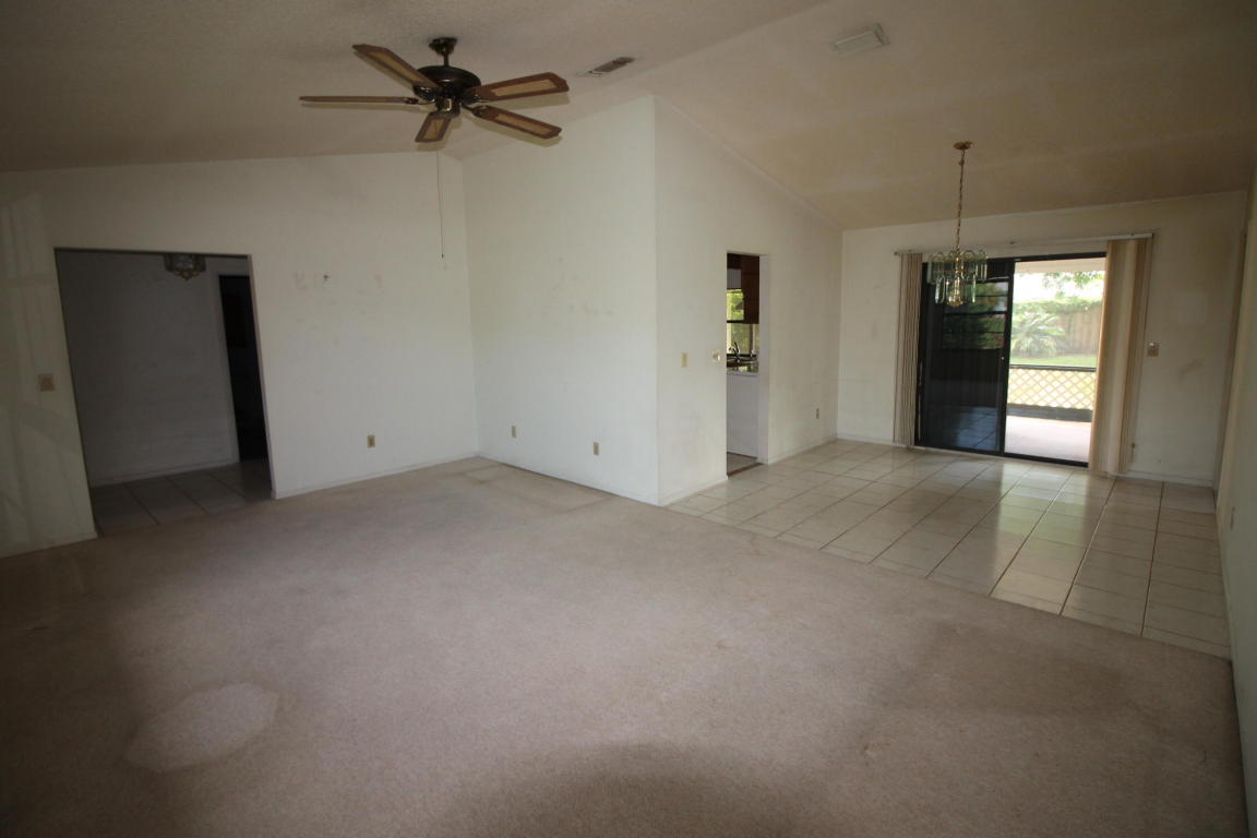1670 SE Holiday Road, Port Saint Lucie, Florida image 10