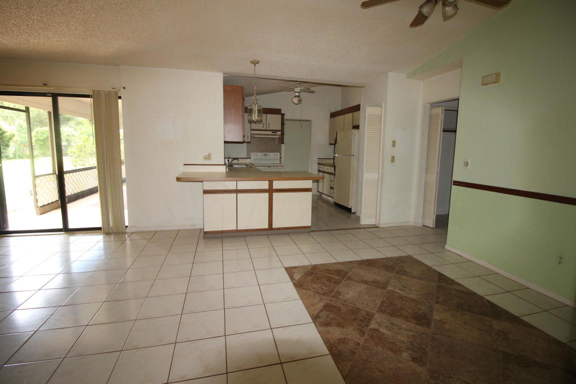 1670 SE Holiday Road, Port Saint Lucie, Florida image 21