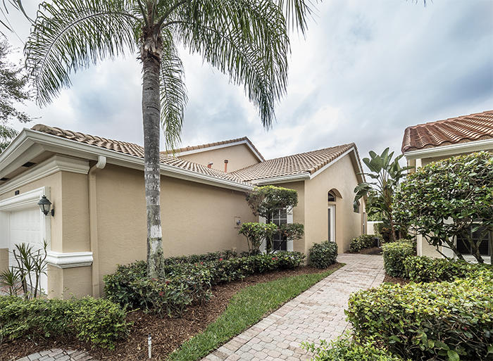 8159 Sandpiper Way, West Palm Beach, Florida image 2