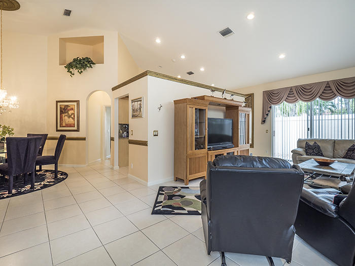 8159 Sandpiper Way, West Palm Beach, Florida image 3