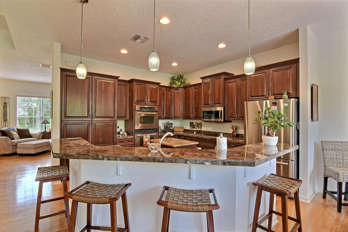 7701 Silver Oak Drive, Fort Pierce, Florida image 10