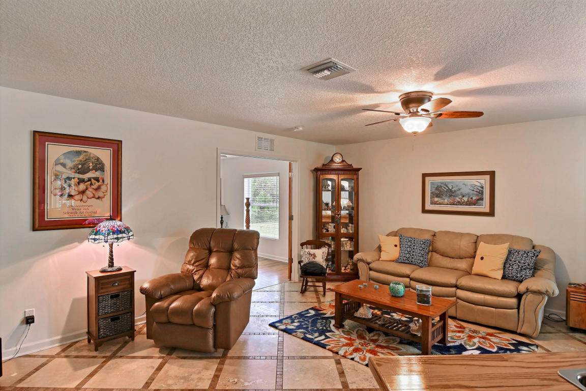 7701 Silver Oak Drive, Fort Pierce, Florida image 26