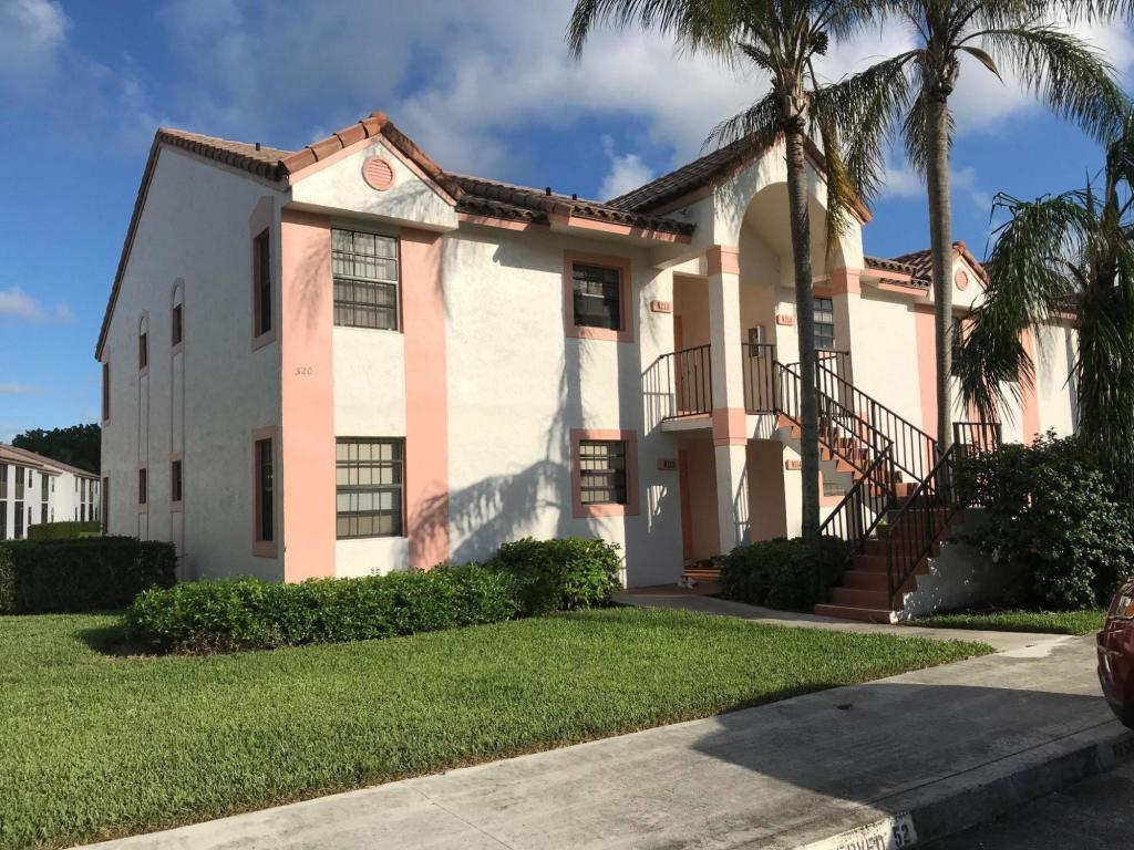 320 Norwood Terrace #N114, Boca Raton, Florida image 2
