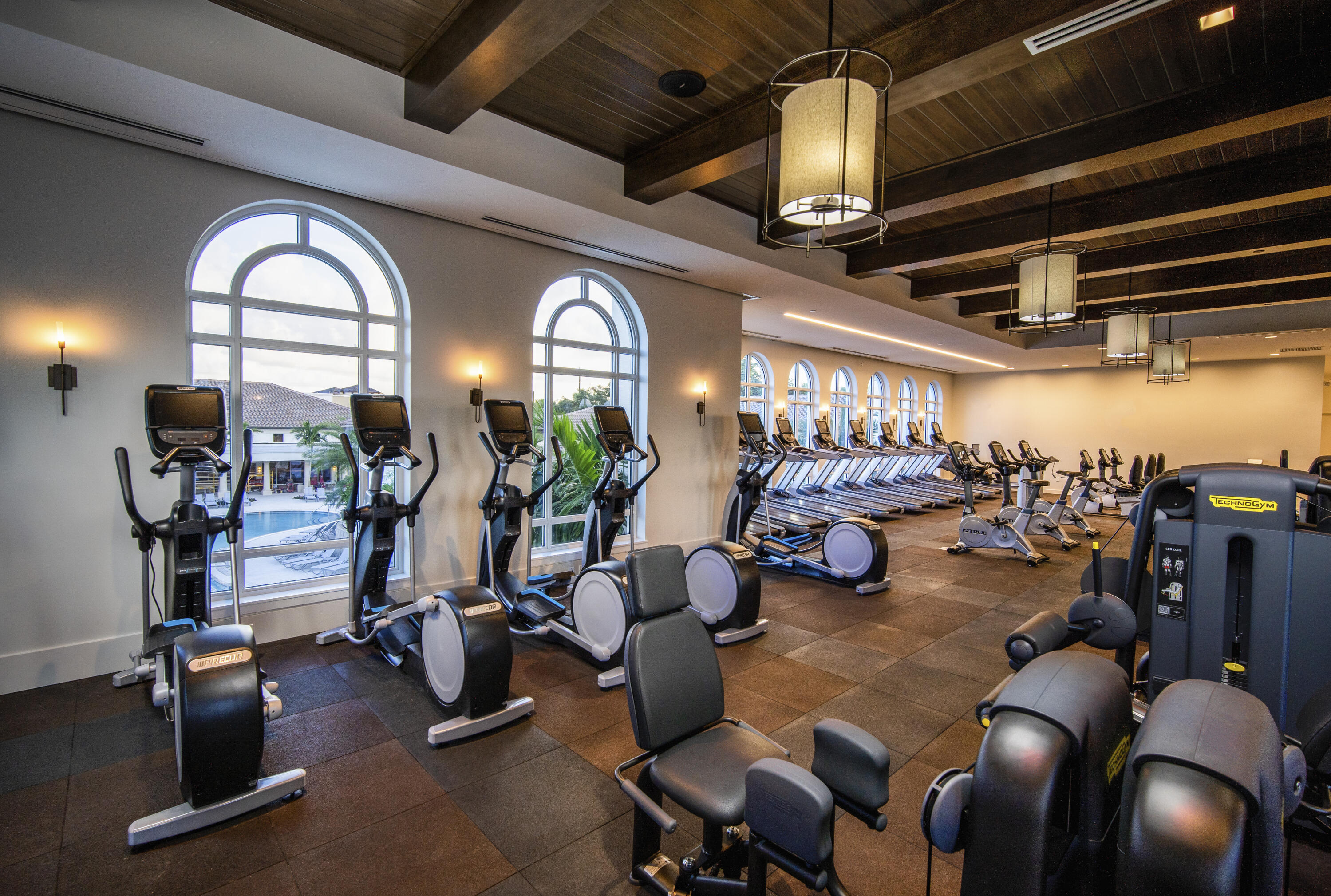 Fitness Center - hires