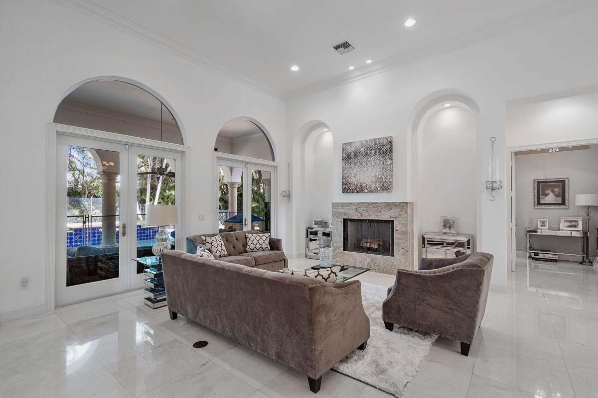 2166_West_Silver_Palm_Road_13