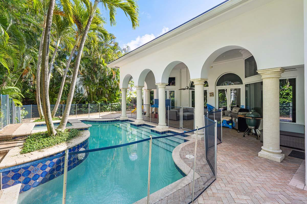 2166_West_Silver_Palm_Road_08