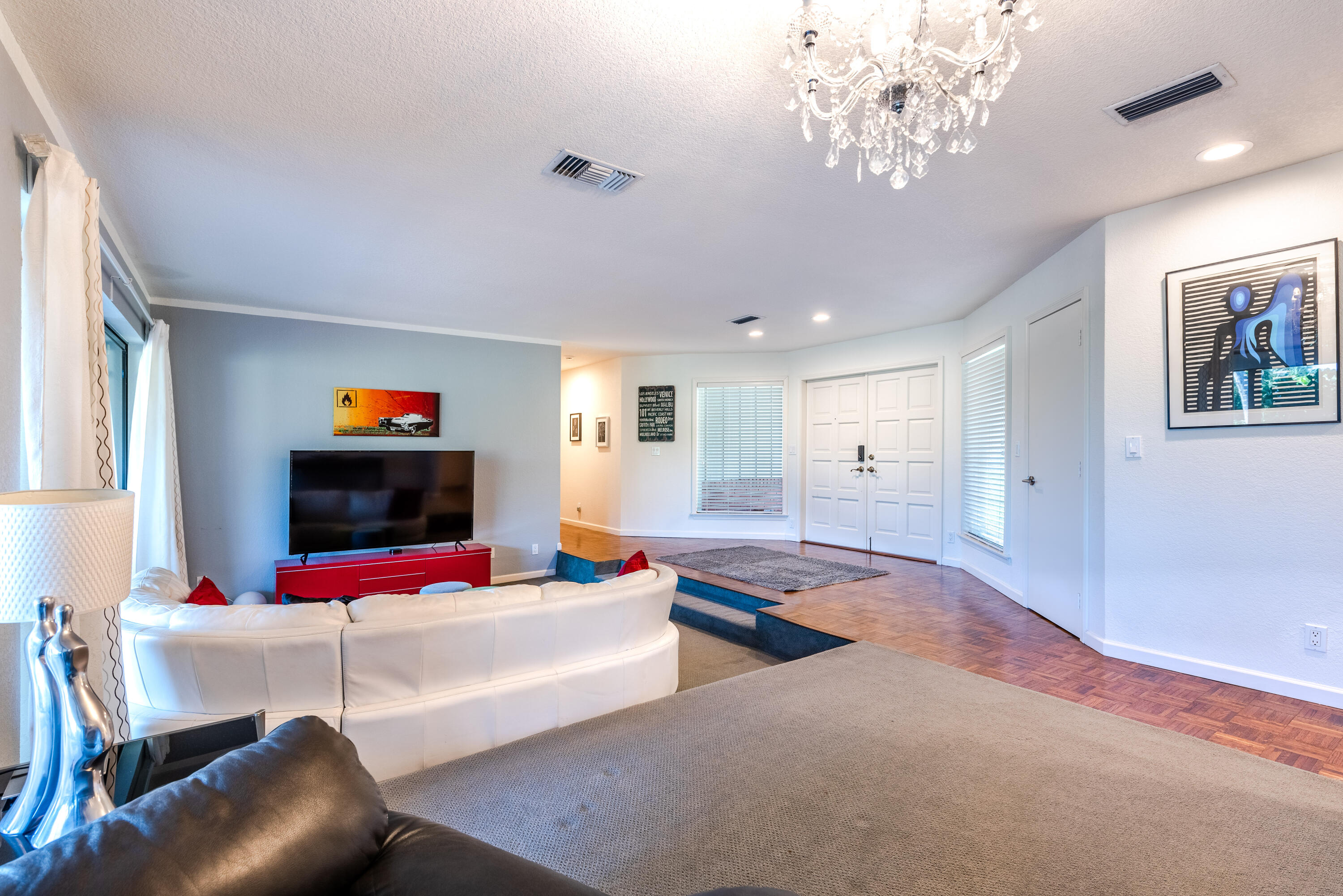3519 Lakeview Dr (7 of 49)