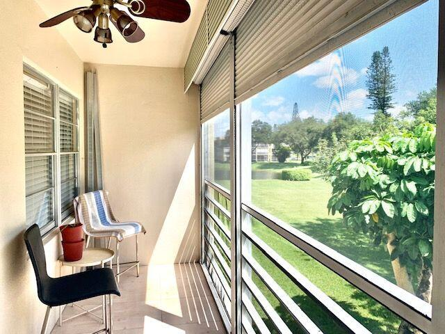Screened Patio w.Pull Downs