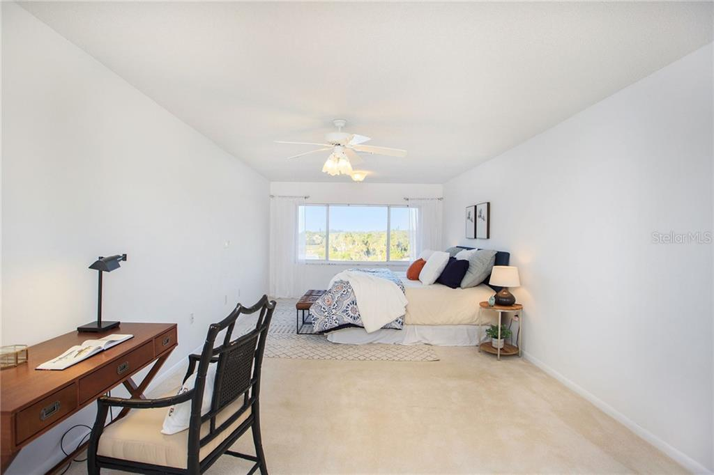 100 Bluff View Drive  #410C, BELLEAIR BLUFFS, Florida image 17