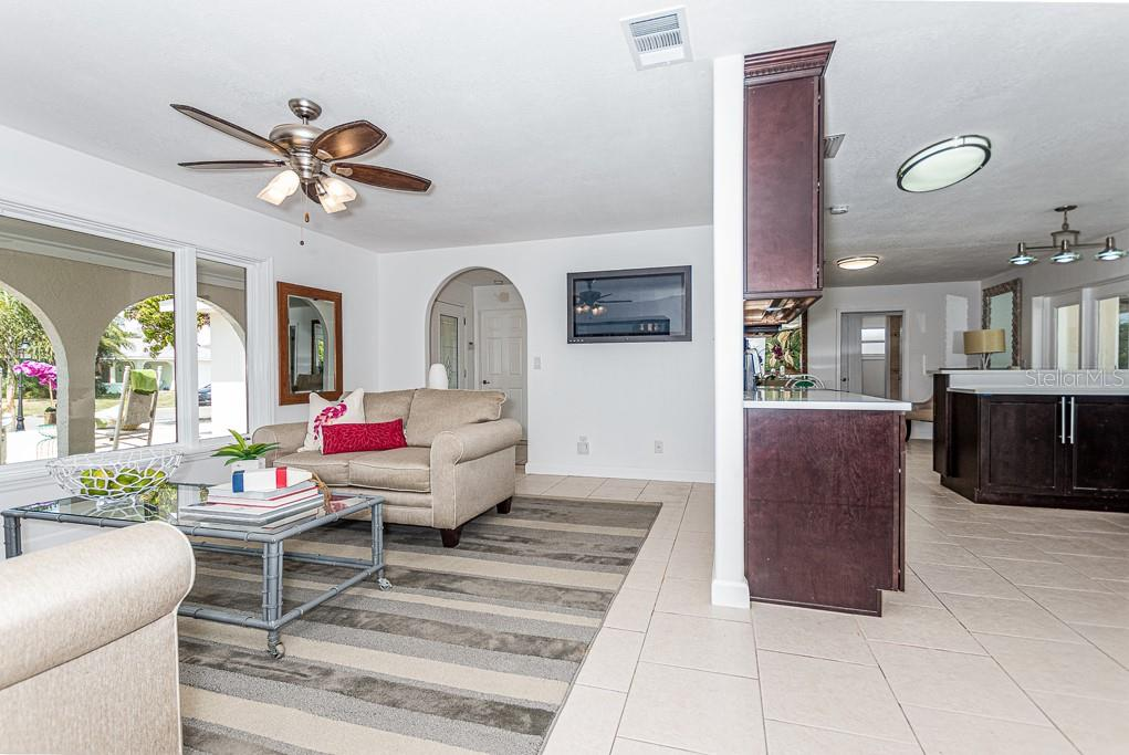 6519 Santiago Court  , Apollo Beach, Florida image 24