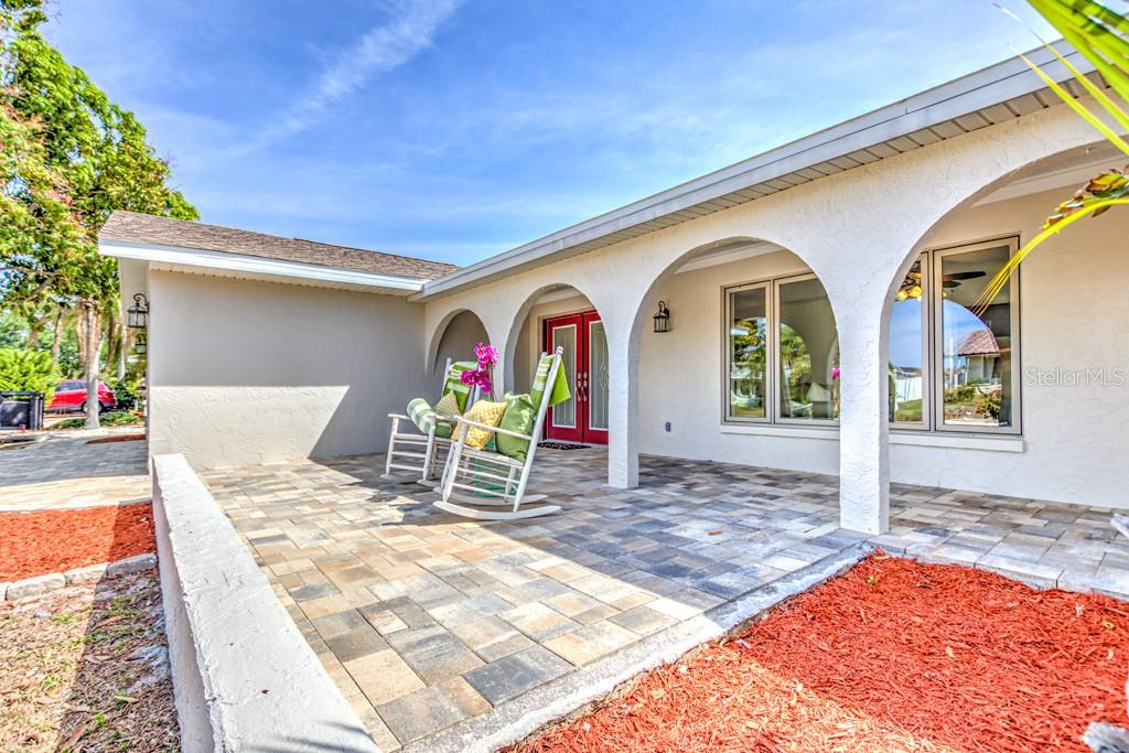 6519 Santiago Court  , Apollo Beach, Florida image 9