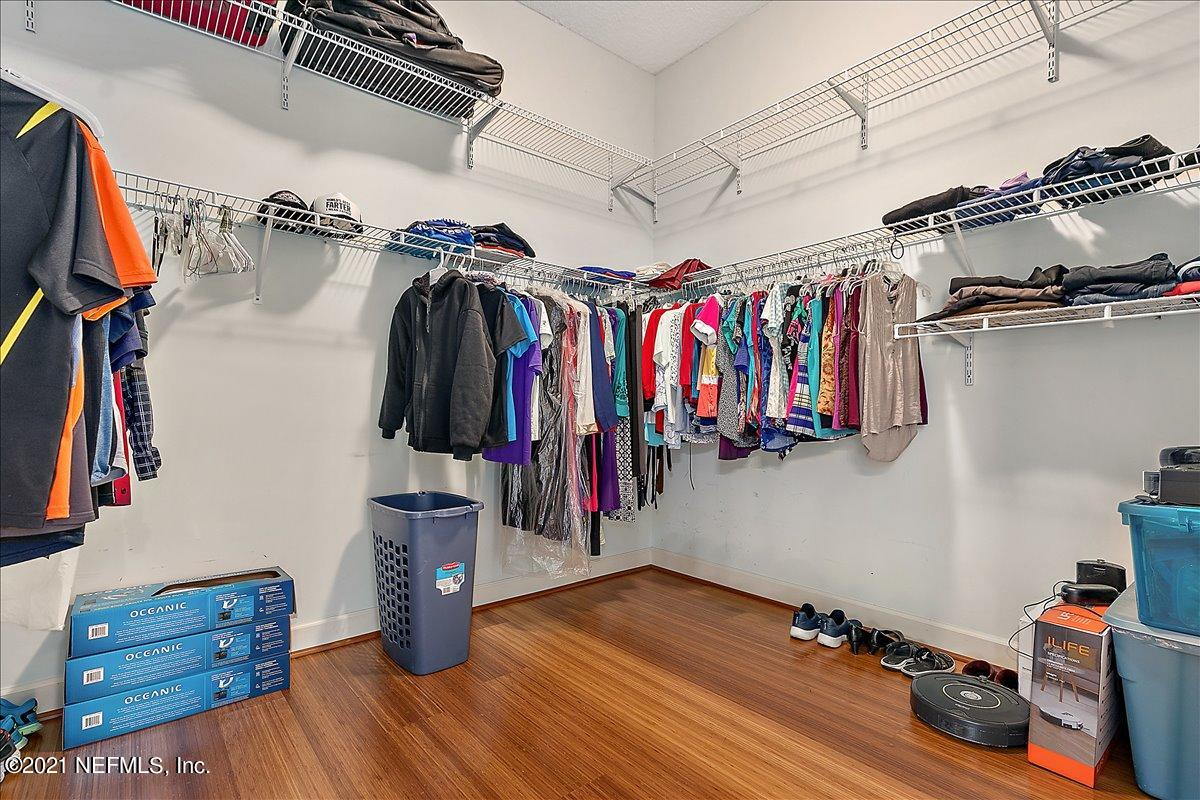 Owners\' Closet