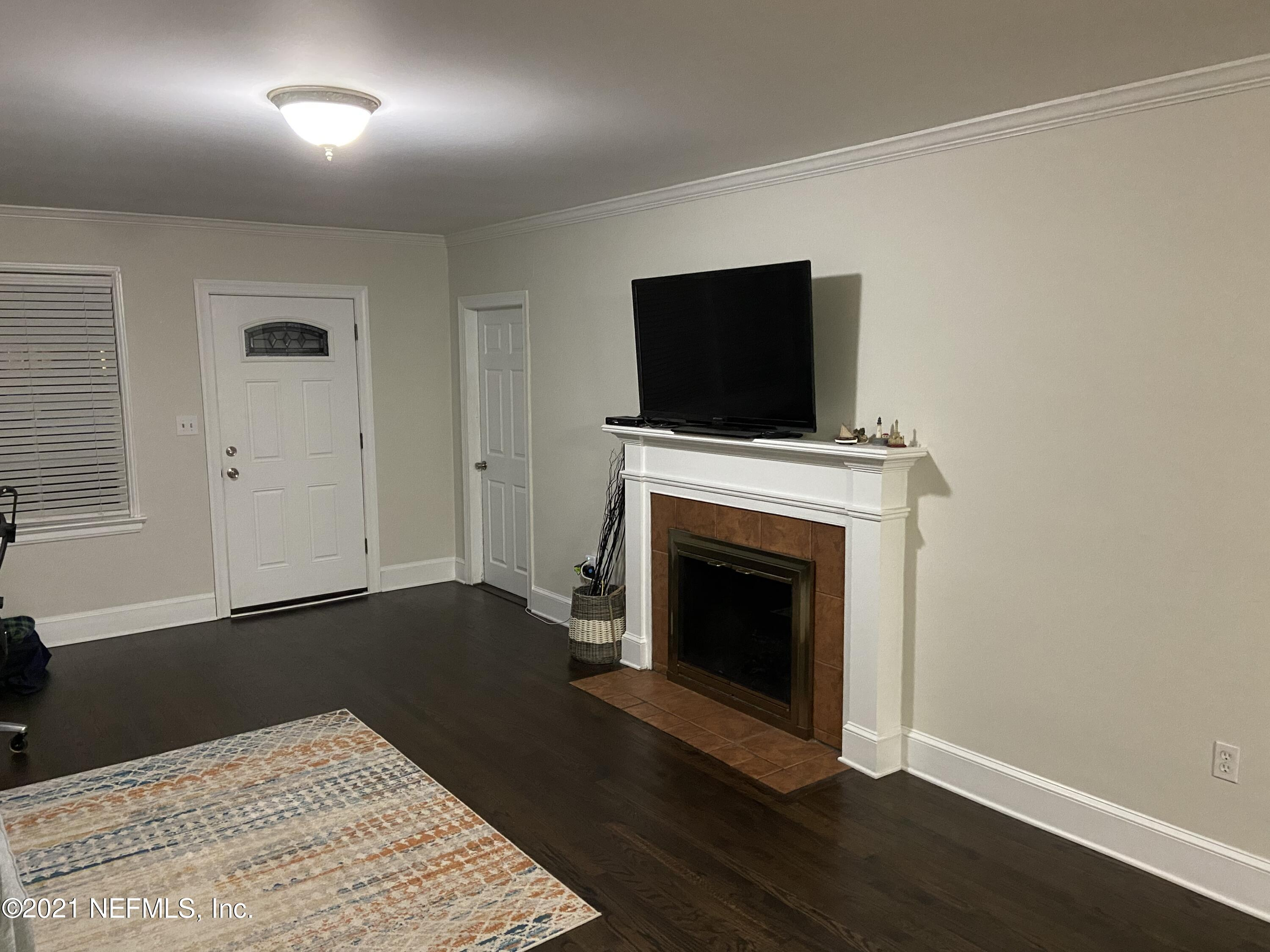 fire place to front door