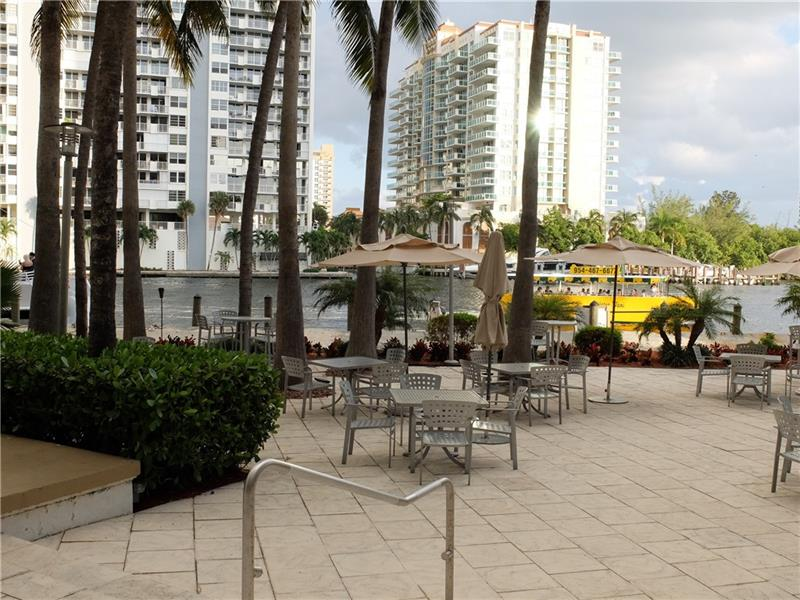 Set up Daily Rentals via the hotel program or live/visit at your leisure to take advantage Resort Style Living! Don\'t Feel like Driving to Eat or Shop? No Problem, WATER TAXI will pick you up Right out back of the Building. Imagine drinking Wine/Coffee here from the Gallery One Bar/Cafe or Poolside Bar.