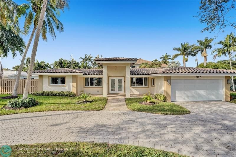 2457 Bayview Dr, Fort Lauderdale, Florida image 1