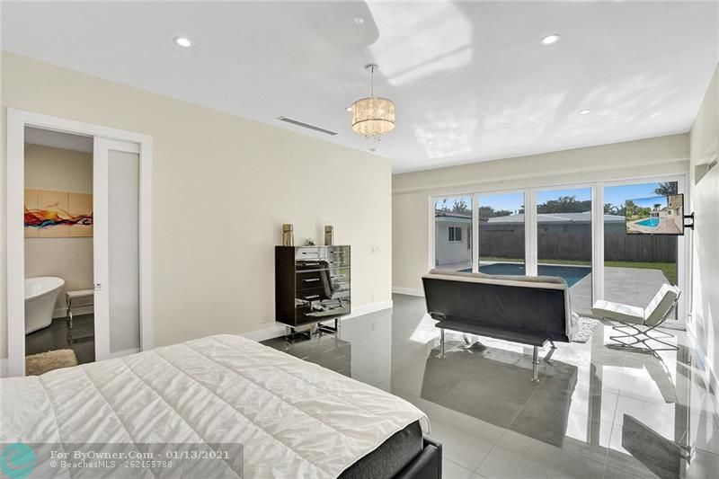 2457 Bayview Dr, Fort Lauderdale, Florida image 13