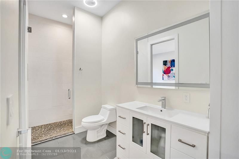 2457 Bayview Dr, Fort Lauderdale, Florida image 20