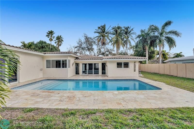 2457 Bayview Dr, Fort Lauderdale, Florida image 23