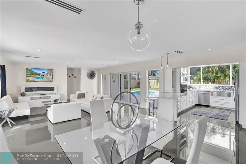 2457 Bayview Dr, Fort Lauderdale, Florida image 4