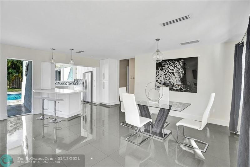 2457 Bayview Dr, Fort Lauderdale, Florida image 7