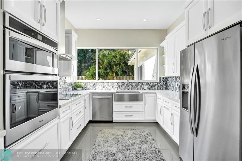 2457 Bayview Dr, Fort Lauderdale, Florida image 10
