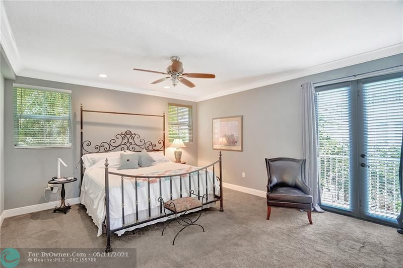 906 SW 8th St, Fort Lauderdale, Florida image 16