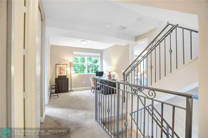 906 SW 8th St, Fort Lauderdale, Florida image 24