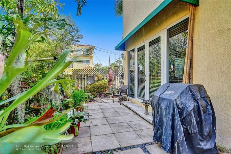 906 SW 8th St, Fort Lauderdale, Florida image 44