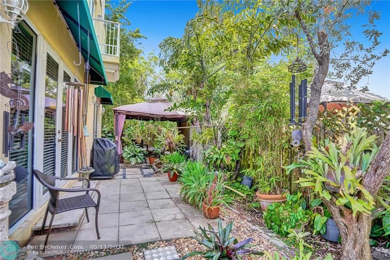 906 SW 8th St, Fort Lauderdale, Florida image 45