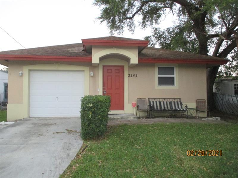 2242 Thomas St, Hollywood, Florida image 1