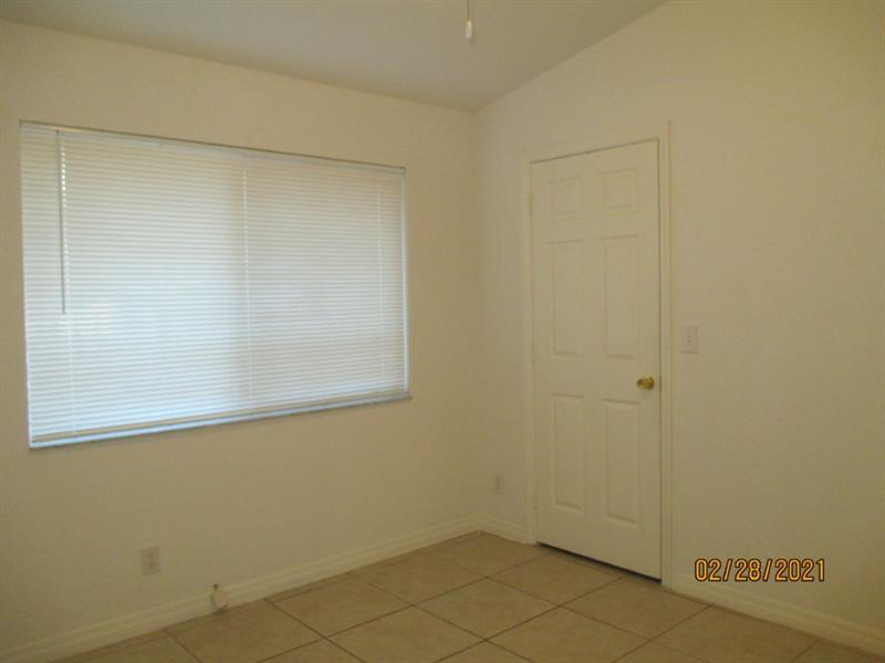 2242 Thomas St, Hollywood, Florida image 11