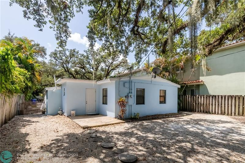 825 SW 16th Ct, Fort Lauderdale, Florida image 18