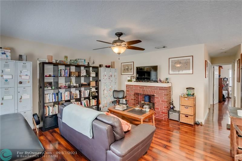825 SW 16th Ct, Fort Lauderdale, Florida image 7