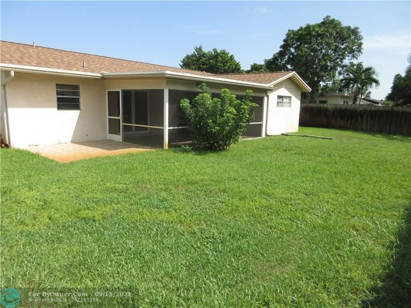 6847 NW 27th Ave, Fort Lauderdale, Florida image 17