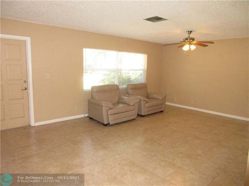 6847 NW 27th Ave, Fort Lauderdale, Florida image 3