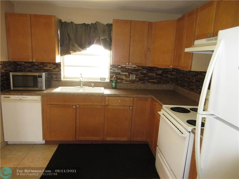 6847 NW 27th Ave, Fort Lauderdale, Florida image 7