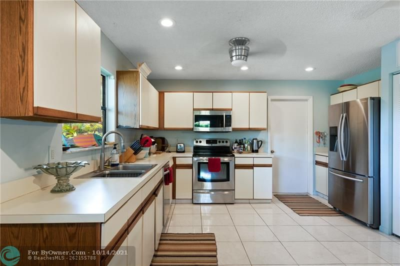 3115 NW 6th St, Delray Beach, Florida image 11
