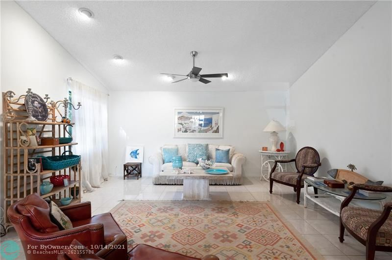 3115 NW 6th St, Delray Beach, Florida image 18
