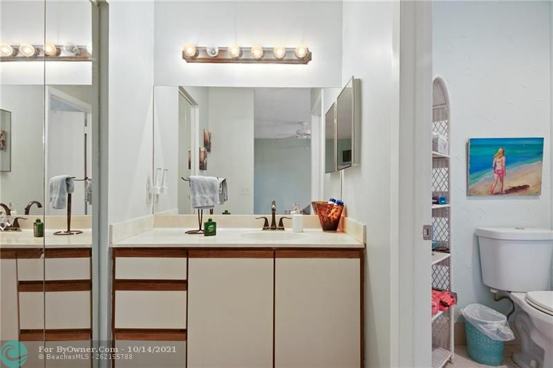 3115 NW 6th St, Delray Beach, Florida image 10