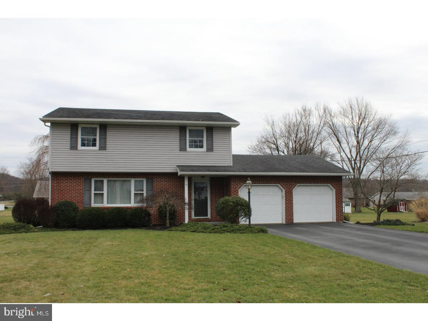 19 Forest View Drive , BOWERS, Pennsylvania image 1