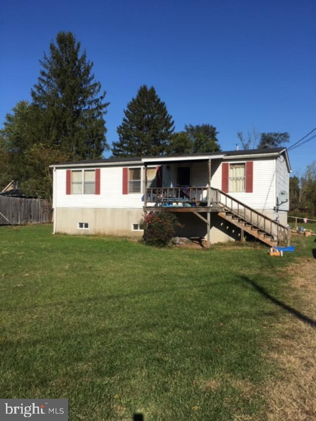 165 Derry Avenue N, YEAGERTOWN, Pennsylvania image 1
