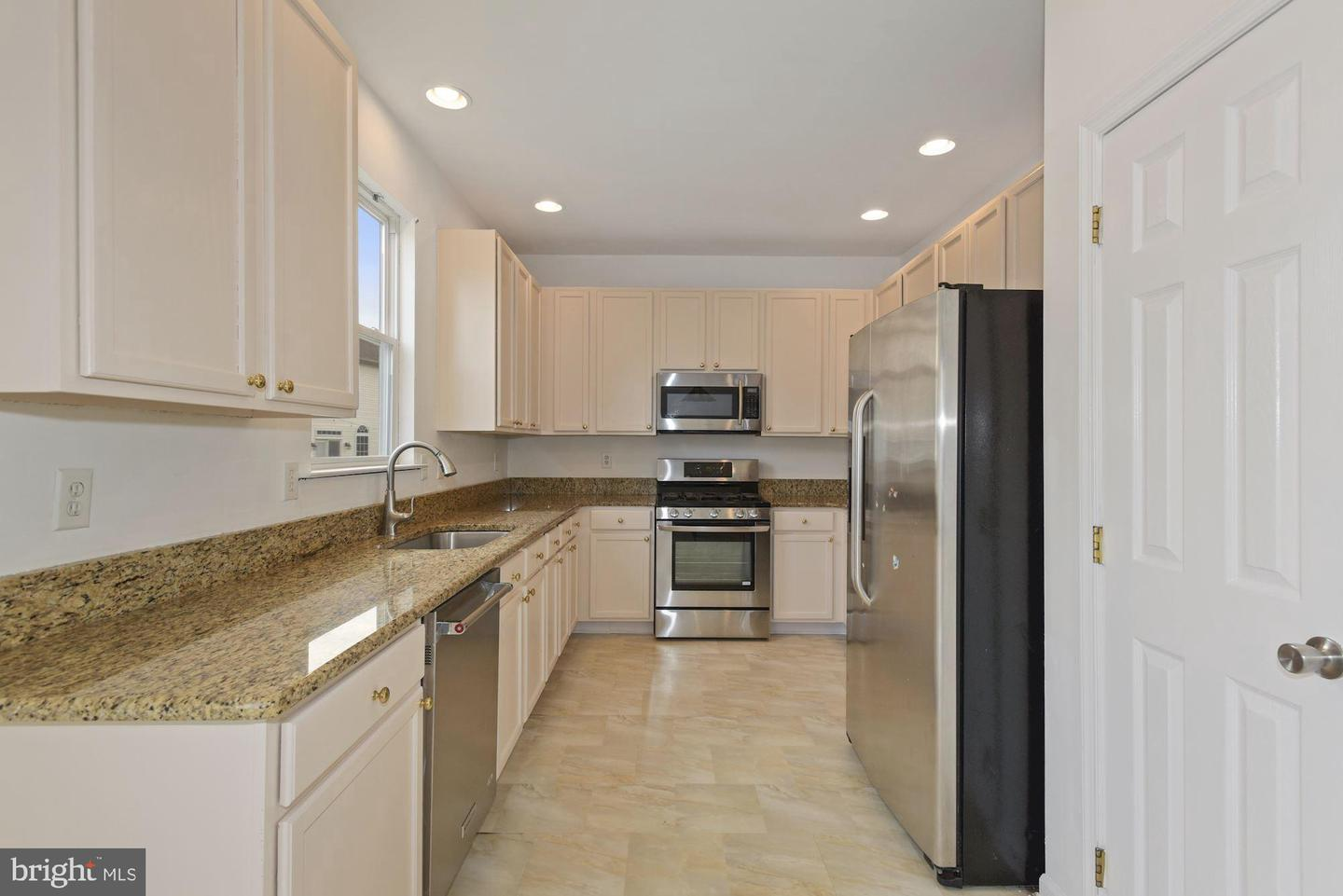 34 Inverness Drive , DELRAN, New Jersey image 5