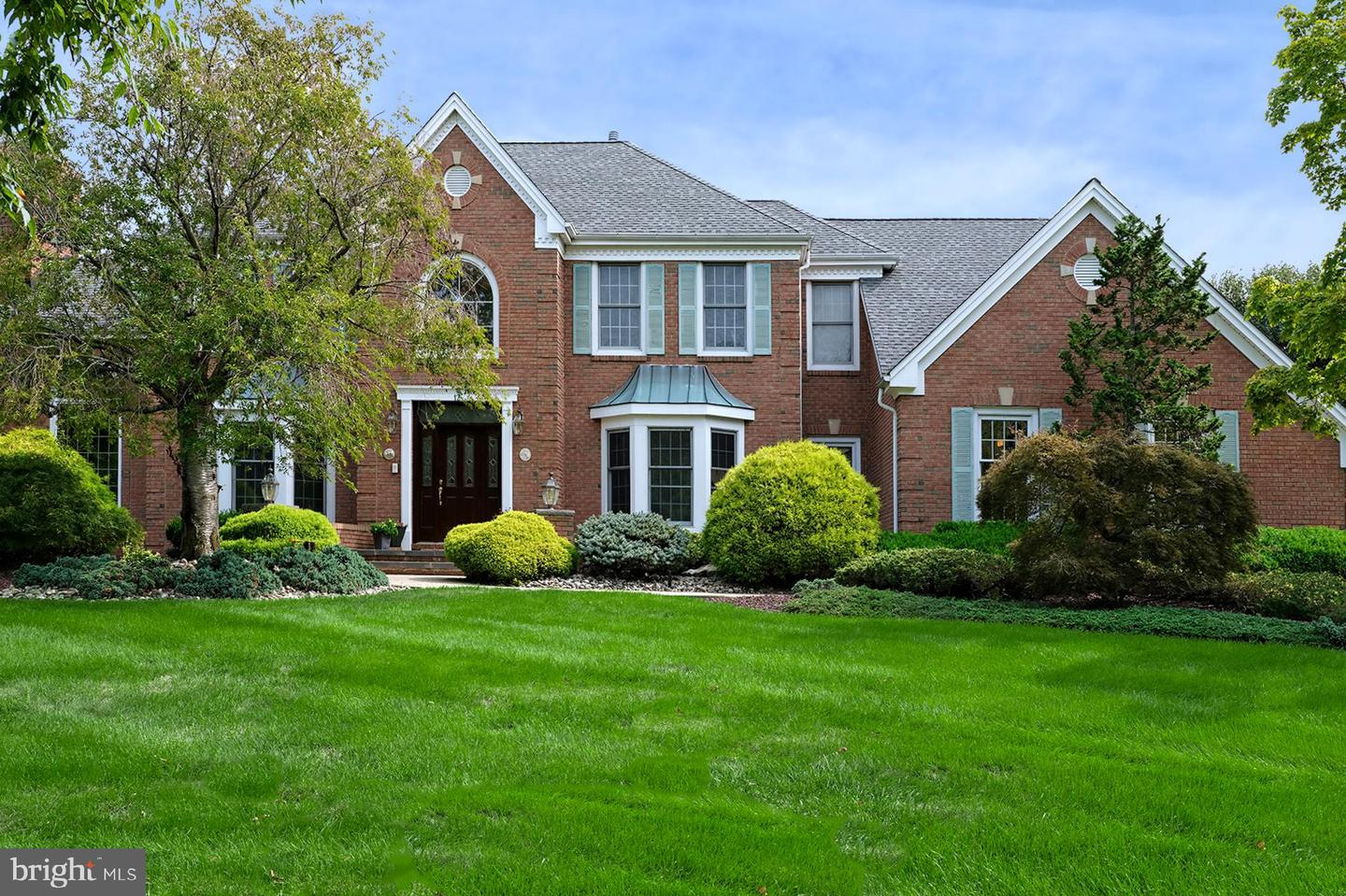 12 Sapphire Drive , WEST WINDSOR, New Jersey image 2