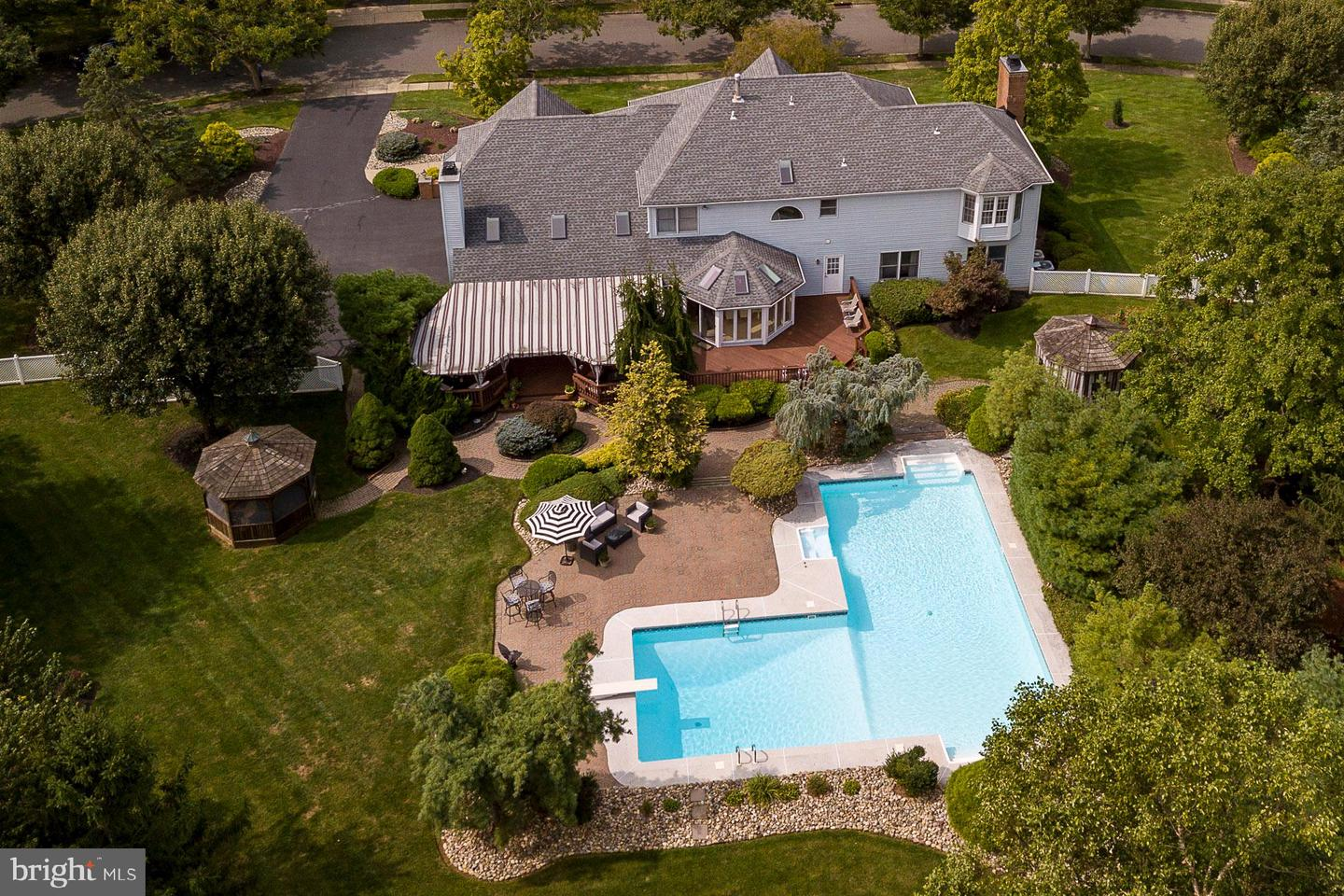 12 Sapphire Drive , WEST WINDSOR, New Jersey image 44