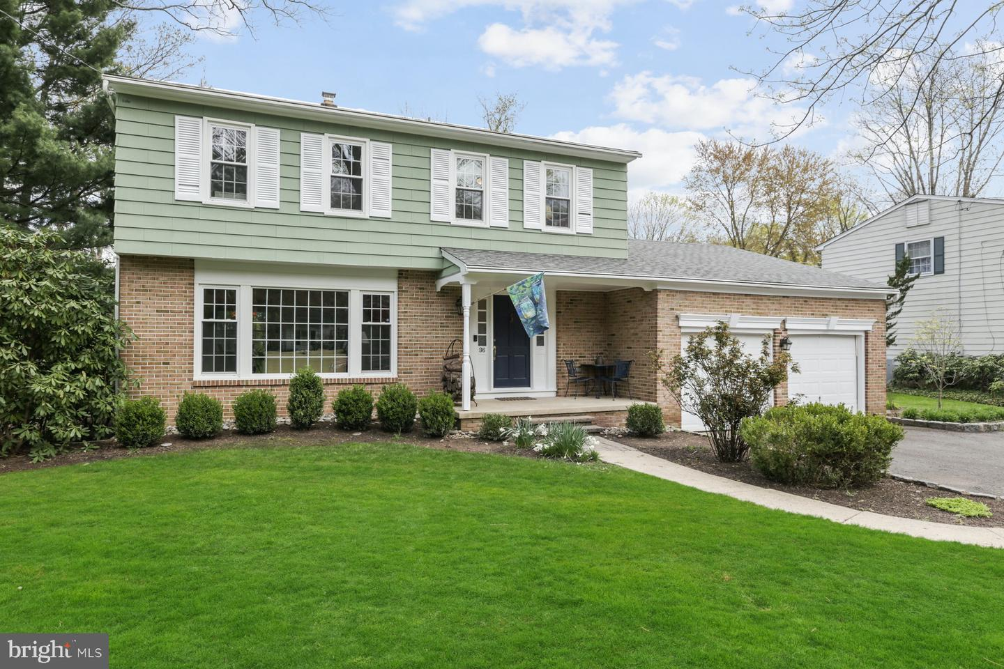 36 Merion Place , LAWRENCEVILLE, New Jersey image 2