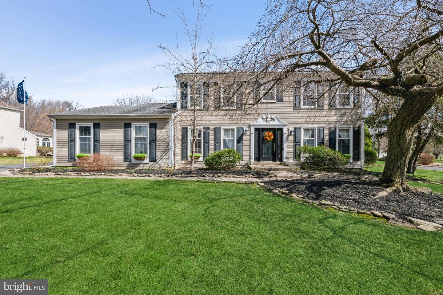 14 Theresa Drive , LAWRENCE, New Jersey image 1