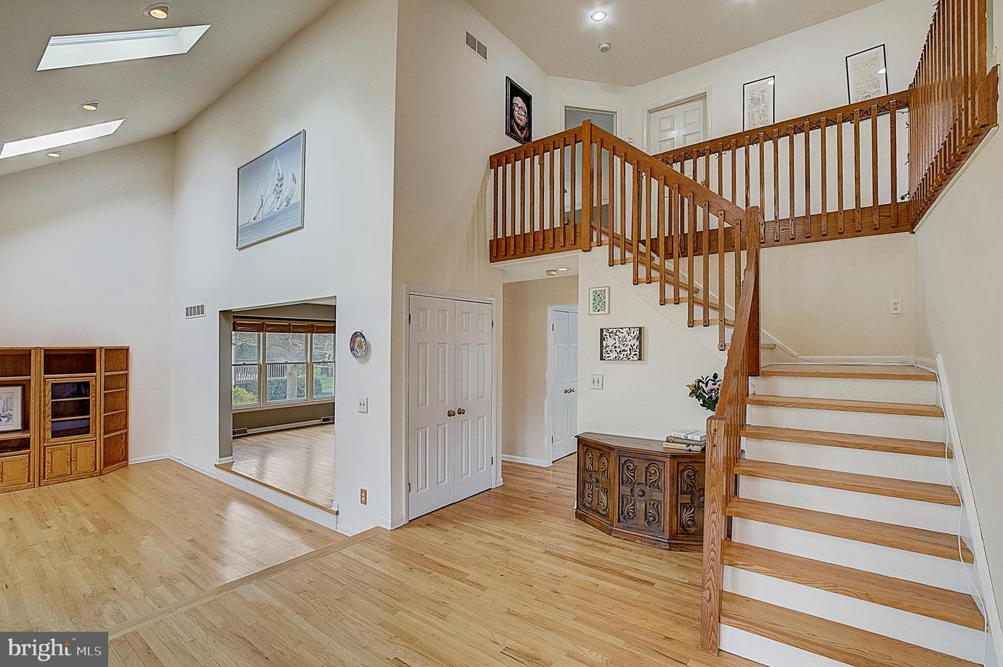 1 Pheasant Drive , LAWRENCE, New Jersey image 2