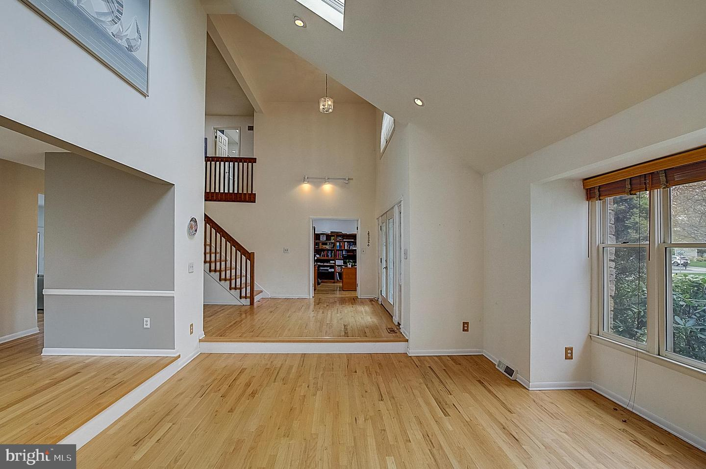 1 Pheasant Drive , LAWRENCE, New Jersey image 4